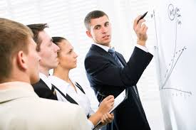businessman-meeting-with-team